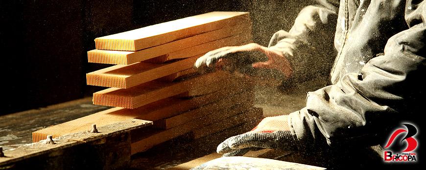 Riesgos de Trabajar con Polvo de Madera